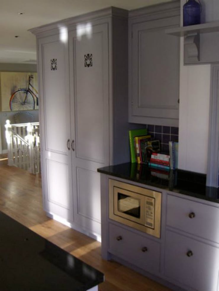 Hand Painted Kitchen - Inverness:  Kitchen by Carte Blanche Decorative Painters