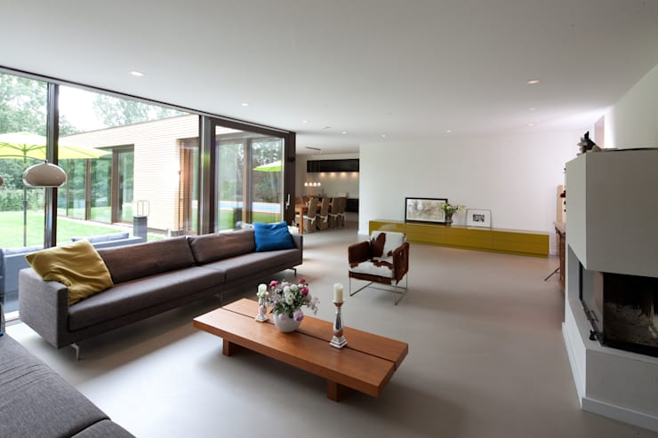 Wohnen 4: ausgefallene Wohnzimmer von Hermann Josef Steverding Architekt