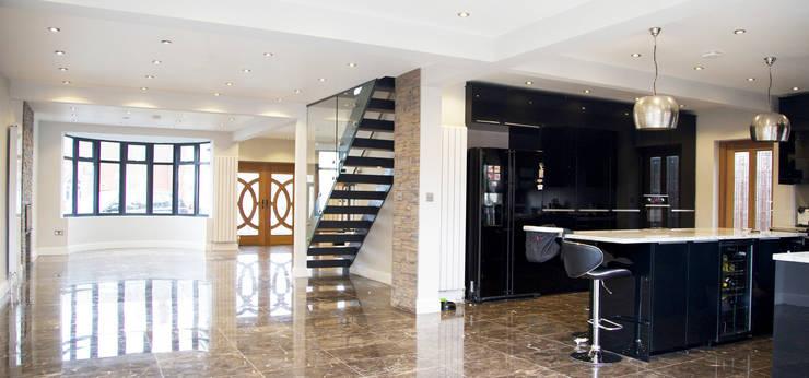 The Barnet Full Conversion:  Corridor & hallway by The Market Design & Build