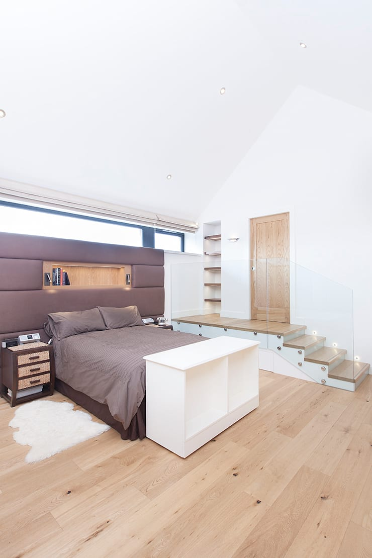 Townfoot :  Bedroom by GLM Ltd.