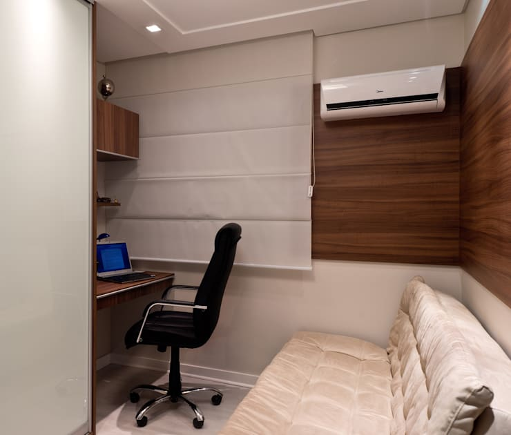 Projeto arquitetônico de interiores para residencia unifamiliar. (Fotos: Lio Simas): Escritórios  por ArchDesign STUDIO