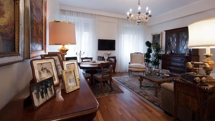 Appartamento a lungotevere - Roma: Soggiorno in stile  di Archifacturing