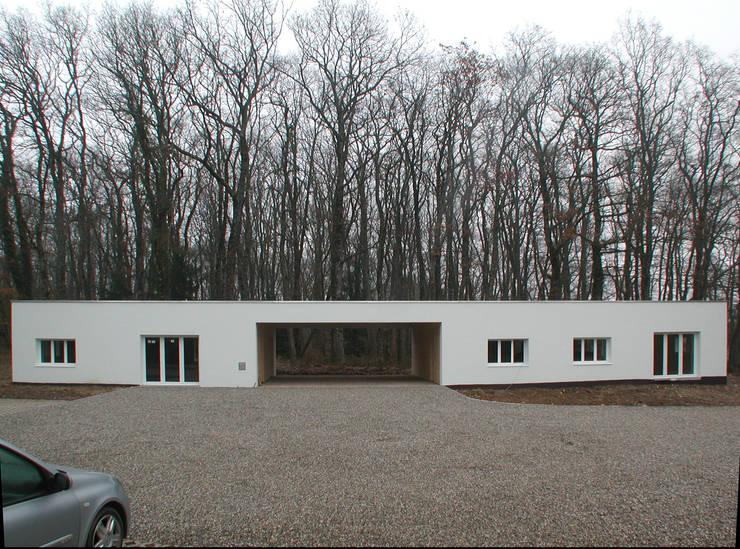 Dépendance Versoix: Maisons de style  par [GAA] GUENIN Atelier d'Architectures SA