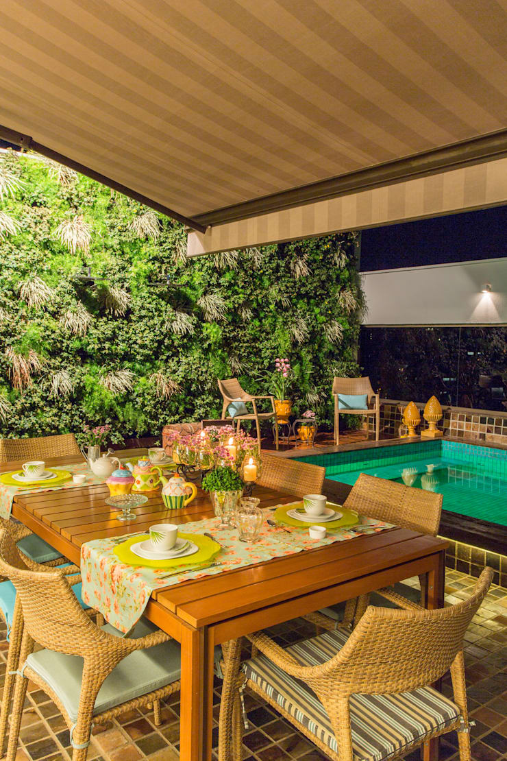 Modern Dining Room by Studio Karla Oliveira Modern
