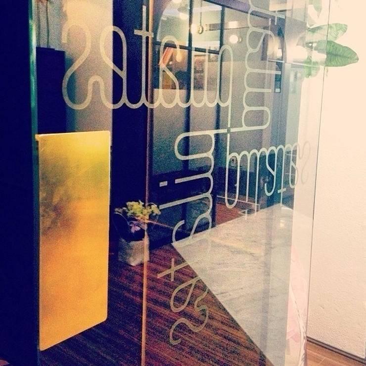 Re;yoom pilates: studio azellier의  상업 공간,모던