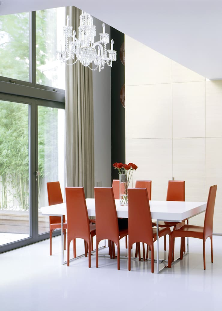 Thurlow Road 2:  Dining room by KSR Architects