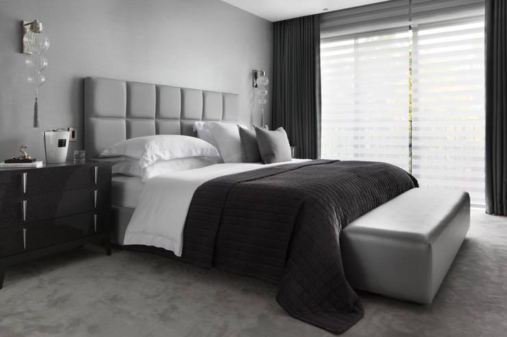 Hamilton Terrace:  Bedroom by KSR Architects