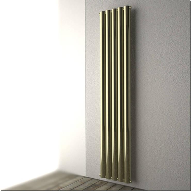 RADIATORI DI DESIGN Circle: Bagno in stile  di K8 RADIATORI DI DESIGN/ Design Radiators / Designheizkörper/ Radiateur design
