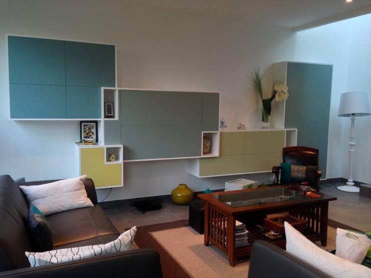 vert: Salon de style  par Faites le mur