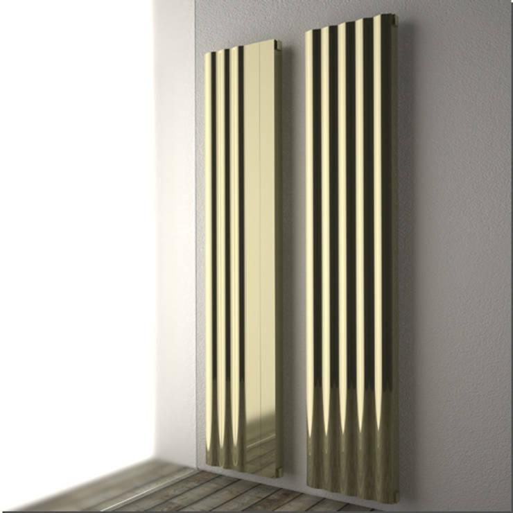RADIATORE DI DESIGN ONDE: Bagno in stile  di K8 RADIATORI DI DESIGN/ Design Radiators / Designheizkörper/ Radiateur design
