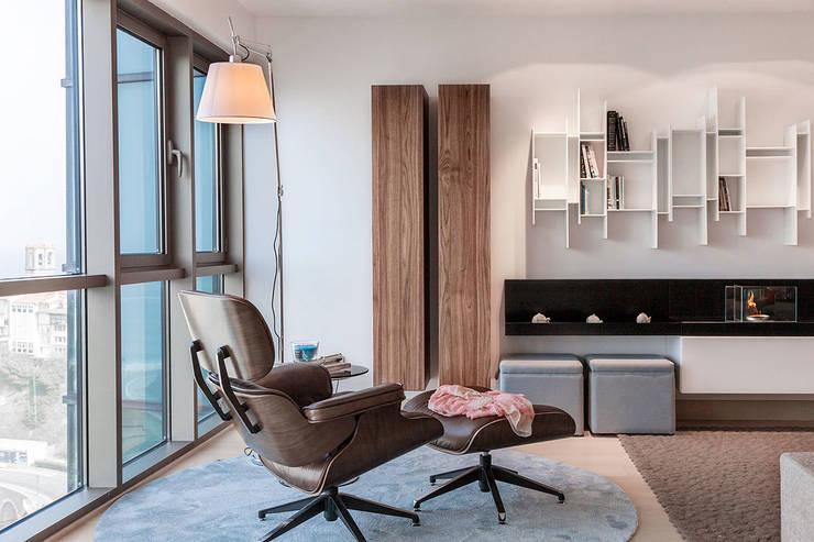 Proyecto decoración en Getaria (País Vasco): Salones de estilo  de Urbana Interiorismo