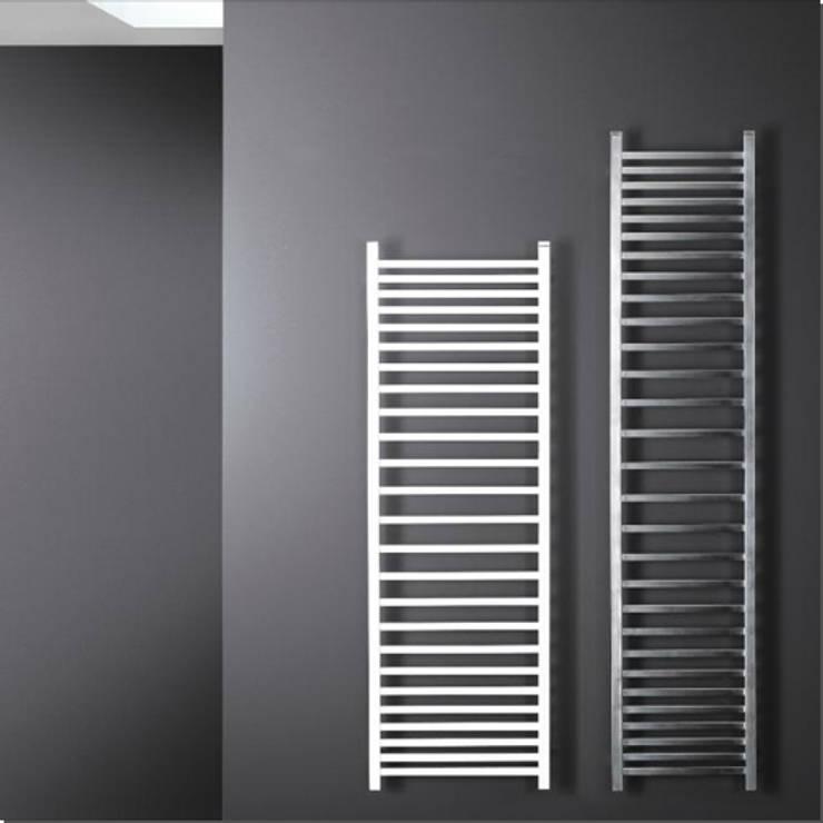 TIRAMOLLA: Bagno in stile  di K8 RADIATORI DI DESIGN/ Design Radiators / Designheizkörper/ Radiateur design