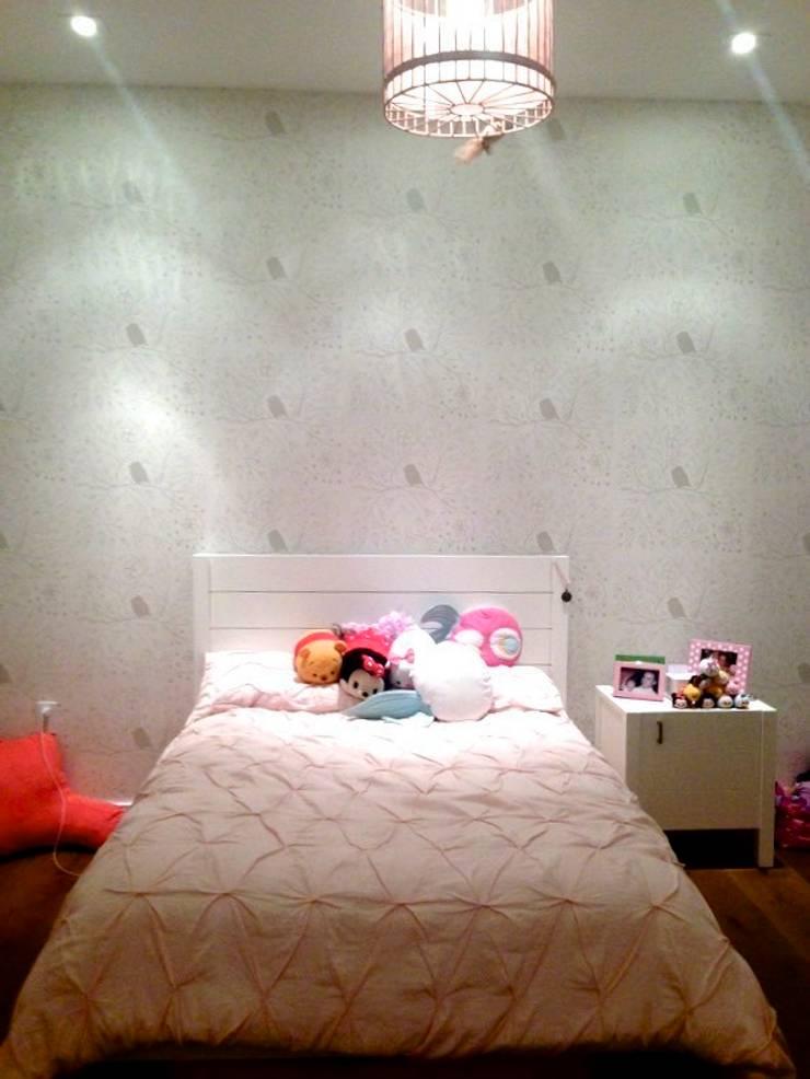Example of Grey Bird Full:  Walls & flooring by Beth Victoria