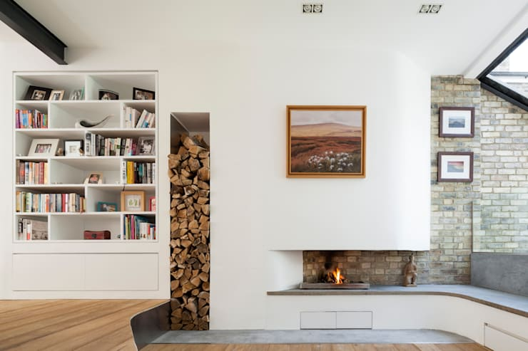 Homerton:  Living room by Scenario Architecture