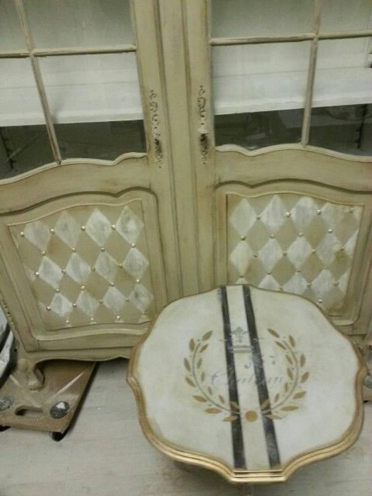 Queen ann kast:  Woonkamer door gustaviaans vintage homestyle