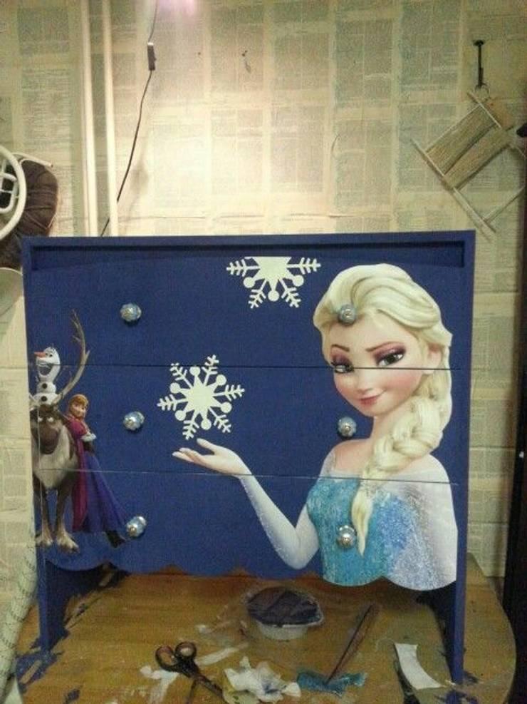 Frozen:  Slaapkamer door gustaviaans vintage homestyle