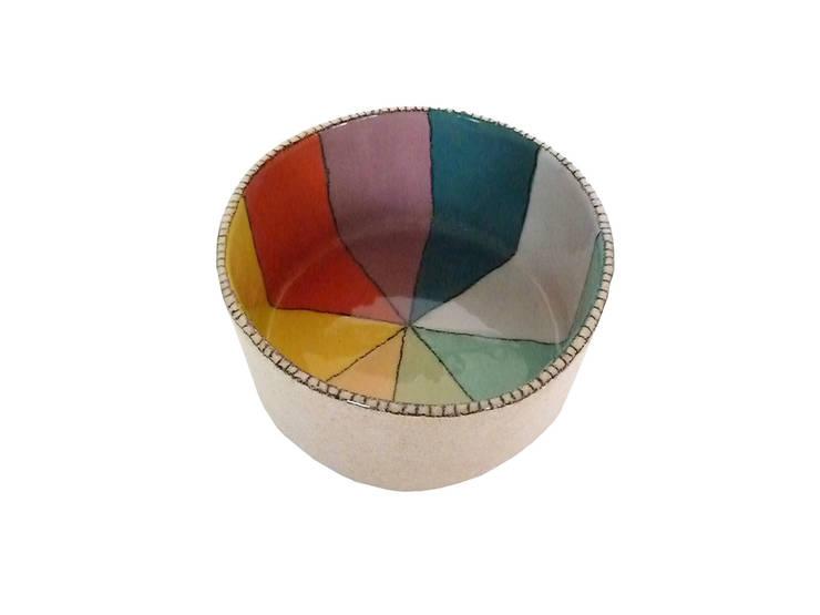 "saladier ""she's like a rainbow"": Cuisine de style  par sabine orlandini design céramique"