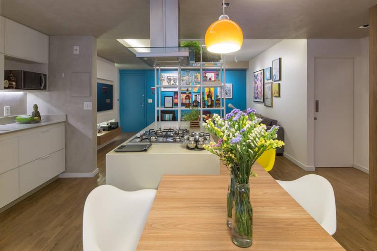 Kitchen by Semerene - Arquitetura Interior