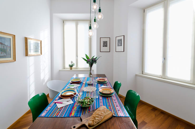 PLB P016: Sala da pranzo in stile  di modoo,