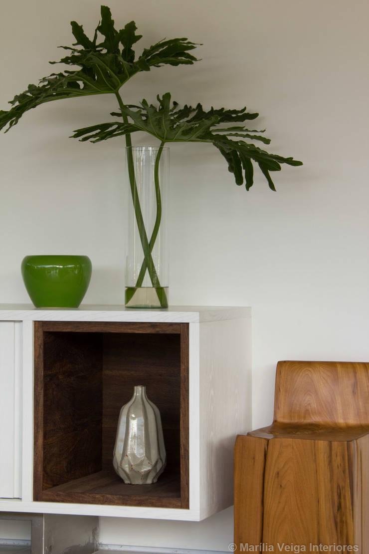 Detalhe: Salas de jantar modernas por Marilia Veiga Interiores