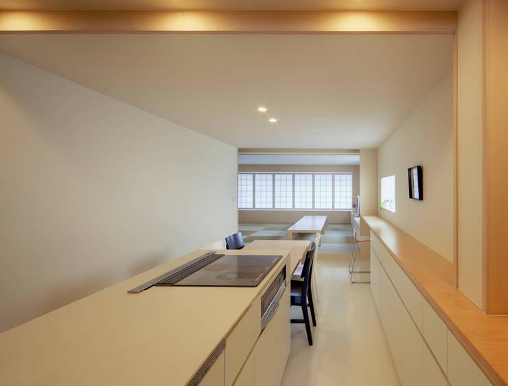 3階住居/ダイニングキッチン: UZUが手掛けたキッチンです。,