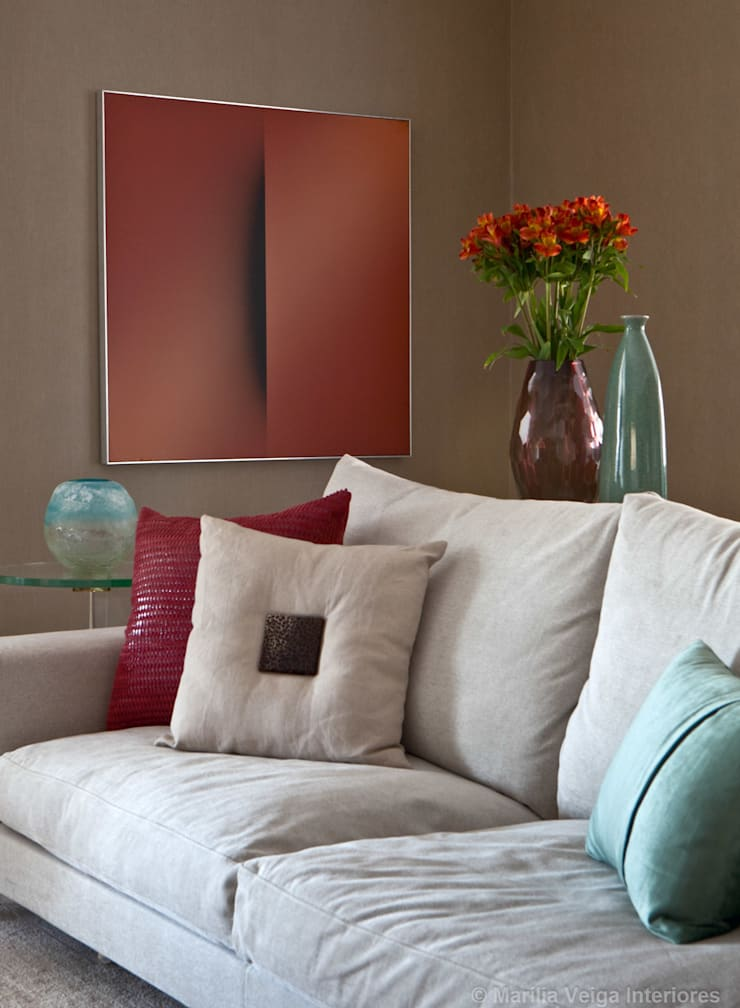 Detalhe do Living: Salas de estar  por Marilia Veiga Interiores