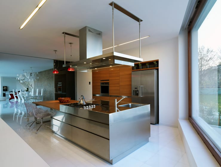 B-House: Cucina in stile  di Damilano Studio