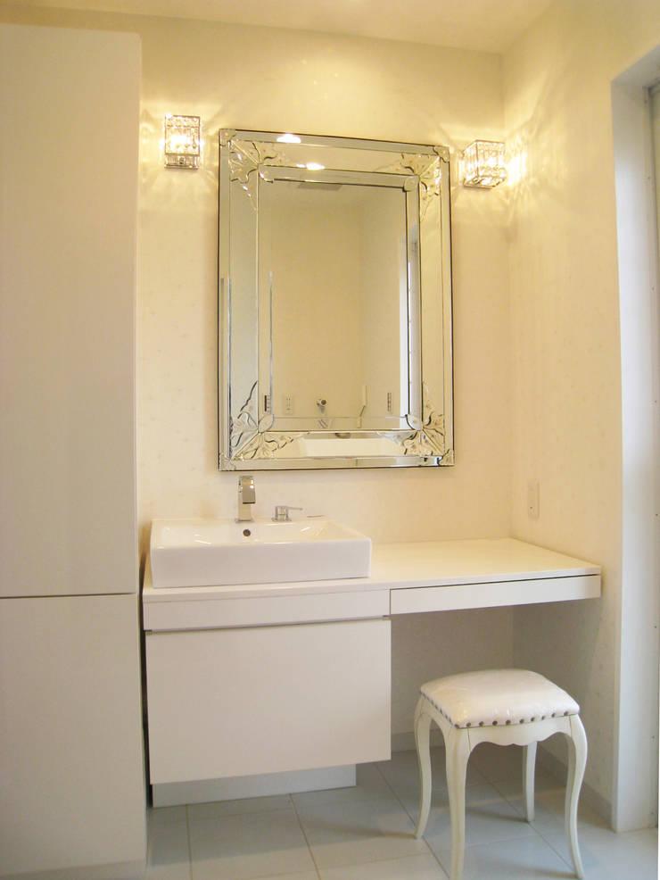 洗面: あお建築設計が手掛けた浴室です。