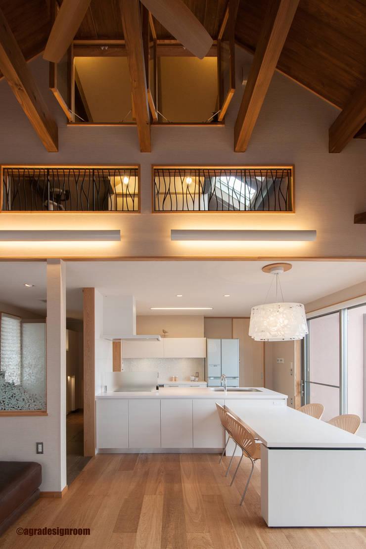 キッチン&ダイニング: アグラ設計室一級建築士事務所 agra design roomが手掛けたキッチンです。