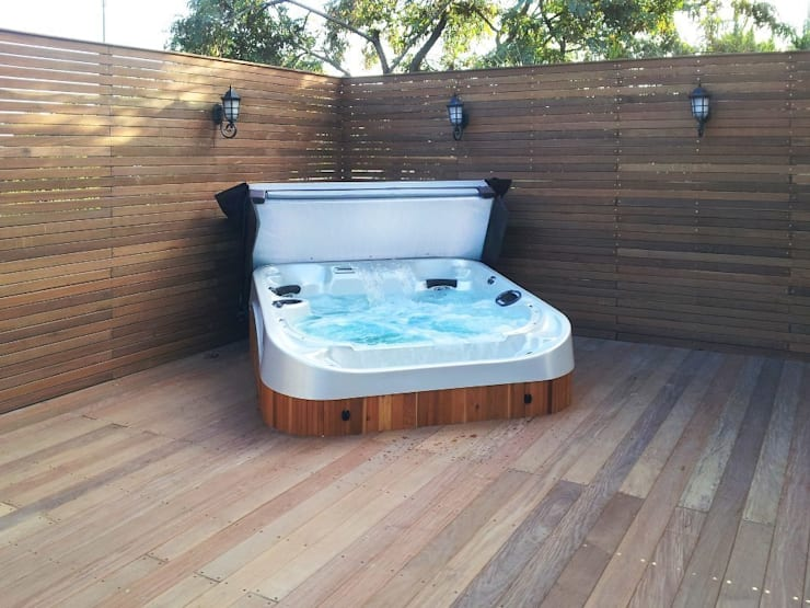 Coast Spas 3:  Spa door Coast Spas Benelux