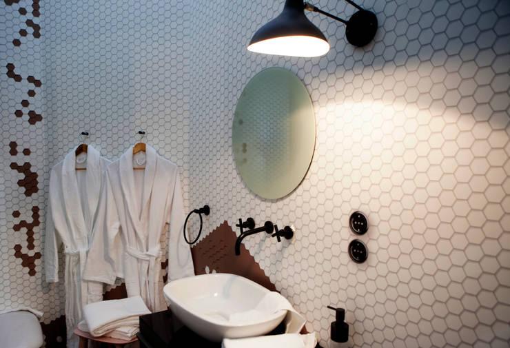 Emmanuelle Gainが手掛けた洗面所&風呂&トイレ