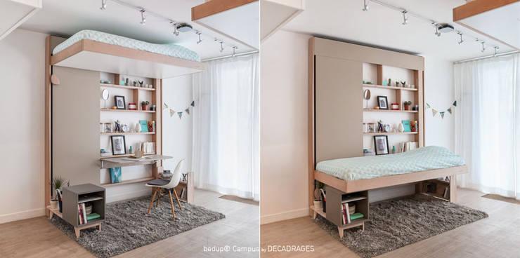 Bed Up: Chambre de style  par DECADRAGES