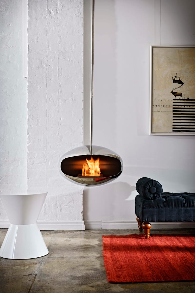 Cocoon Aeris Fireplace:  Living room by Wharfside Furniture