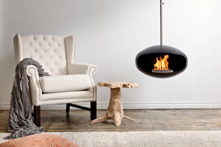 Salas de estar modernas por Wharfside Furniture