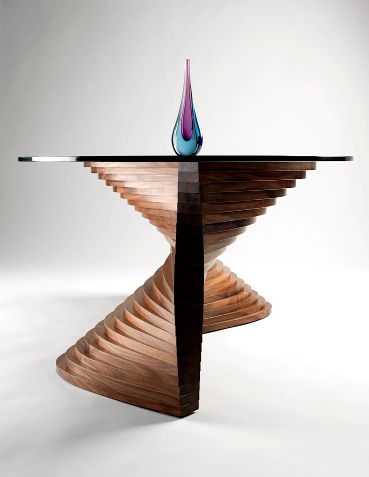 Sidewinder Coffee Table:  Living room by David Tragen
