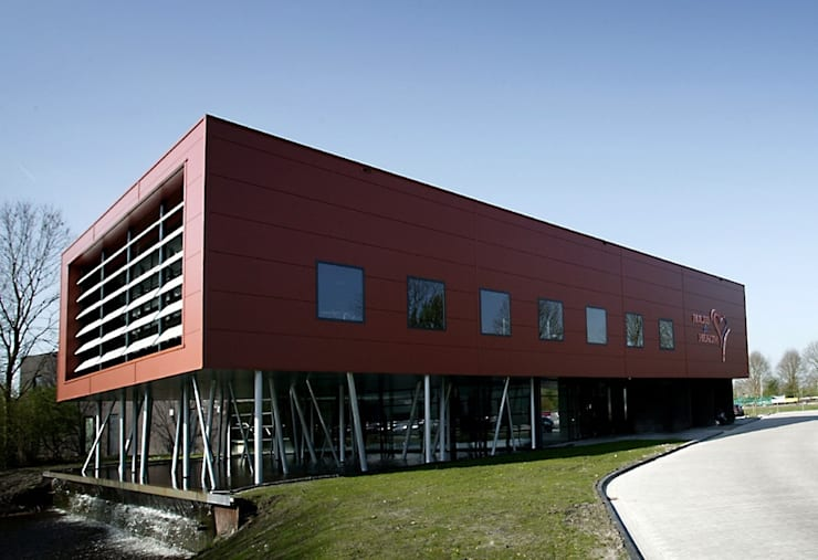 leisurecenter Rules for Health:  Gezondheidscentra door Archivice Architektenburo , Industrieel