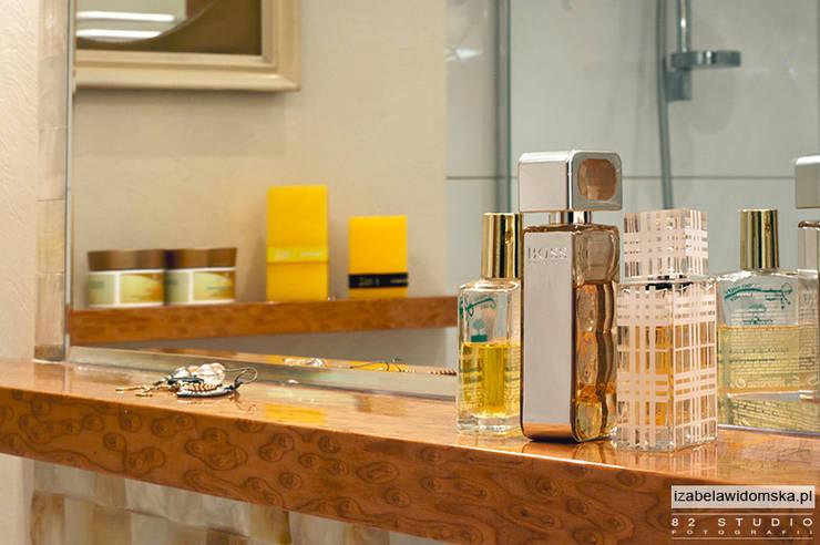 stylowa łazienka - detal półeczki: styl , w kategorii Łazienka zaprojektowany przez Izabela Widomska Interiors