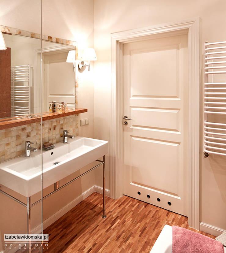 stylowa łazienka : styl , w kategorii Łazienka zaprojektowany przez Izabela Widomska Interiors