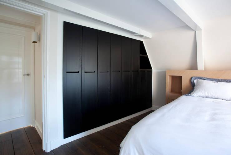 Projekty,  Sypialnia zaprojektowane przez Proest Interior