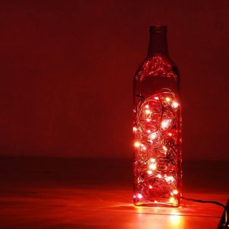 LAMPBADA DESIGN LAMP – Viobottlelamp, Tasarım, Cam Gece Masa Lambası:  tarz İç Dekorasyon
