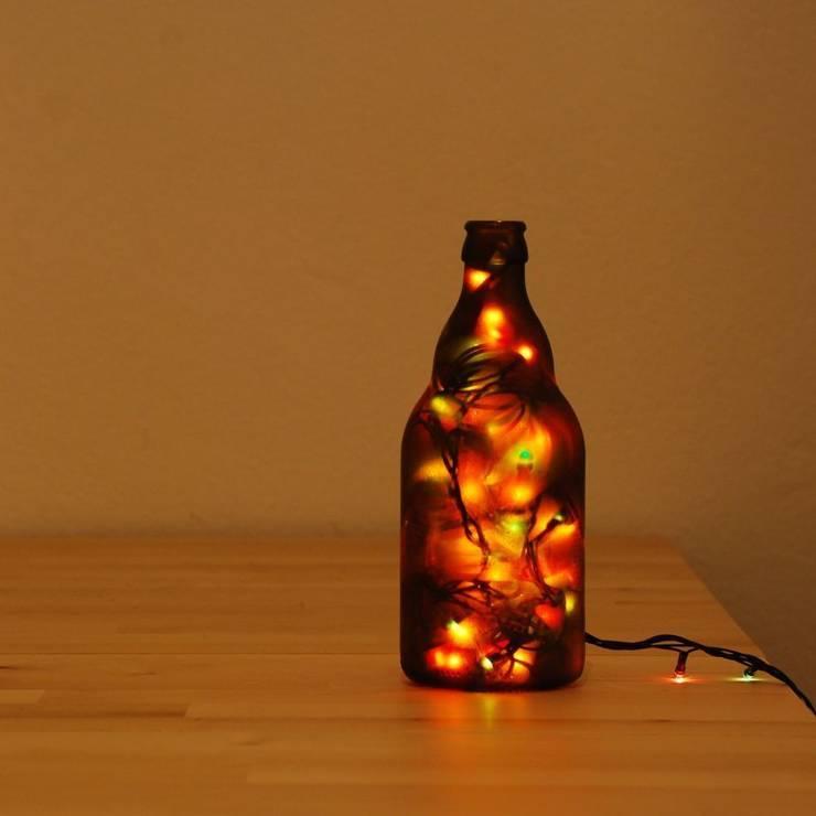LAMPBADA DESIGN LAMP – Bigdarkbeerlamp Tasarım, Cam Gece Masa Lambası:  tarz İç Dekorasyon