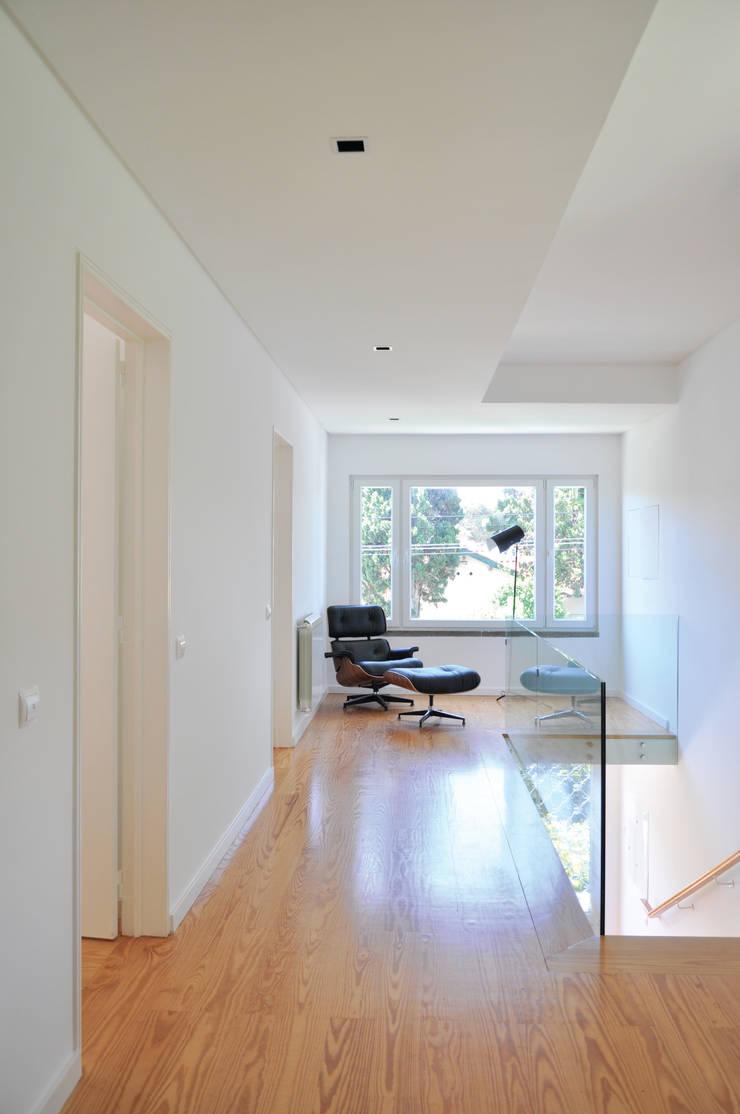 Zona dos quartos:   por Nuno Ladeiro, Arquitetura e Design