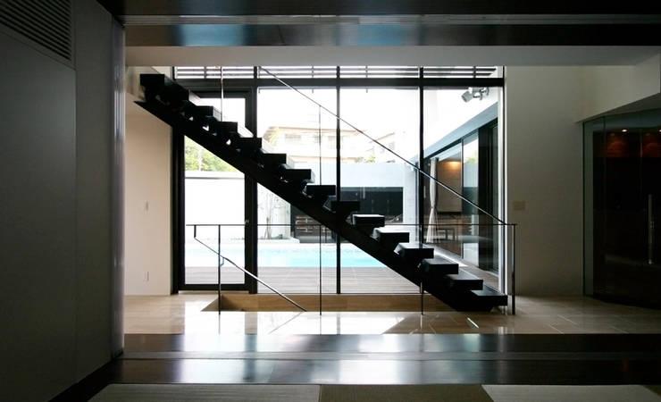 Corridor & hallway by エスプレックス ESPREX, Modern