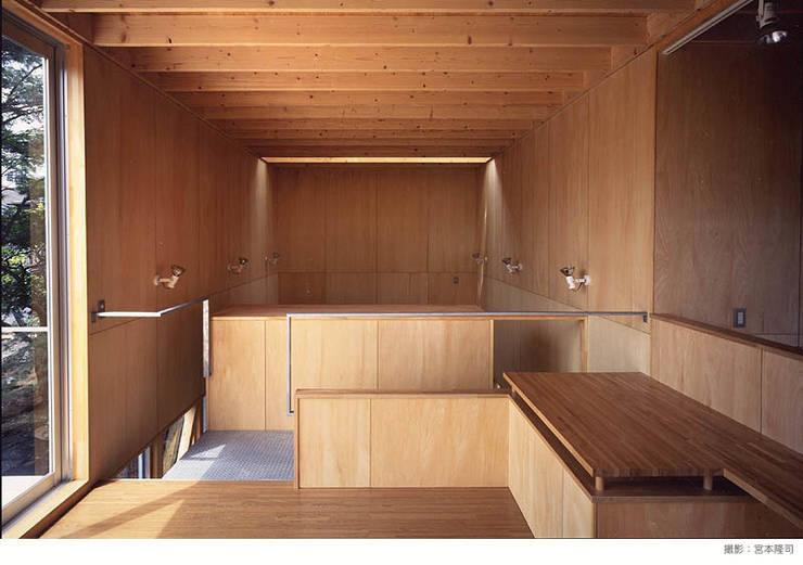 Living room by 瀧浩明建築計画事務所/studio blank, Minimalist