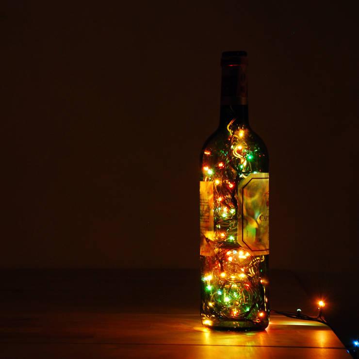 LAMPBADA DESIGN LAMP – Frenchwineglass Tasarım, Cam Gece Masa Lambası:  tarz İç Dekorasyon