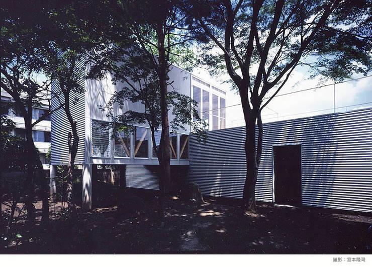 Houses by 瀧浩明建築計画事務所/studio blank, Minimalist