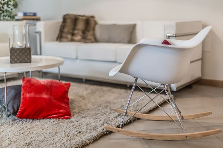 Dettaglio salotto:  in stile  di FOSCA de LUCA Home Stager & Redesigner