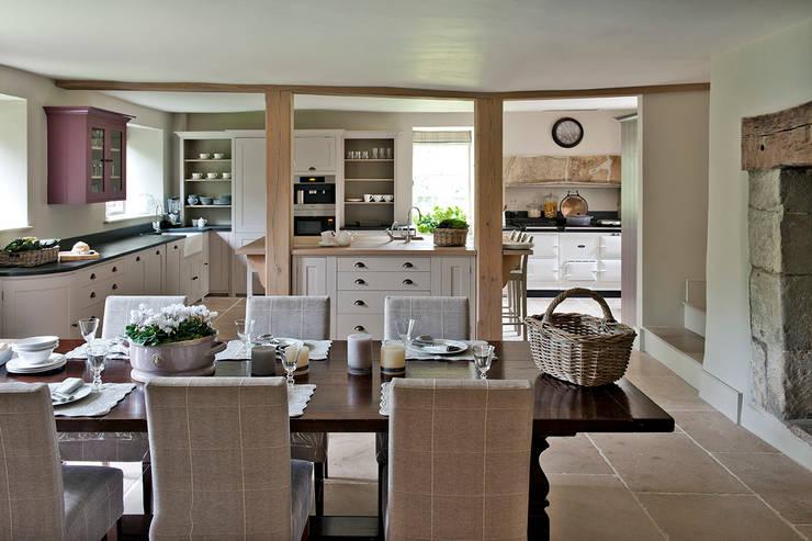 Ansty Manor, Kitchen:  Kitchen by BLA Architects