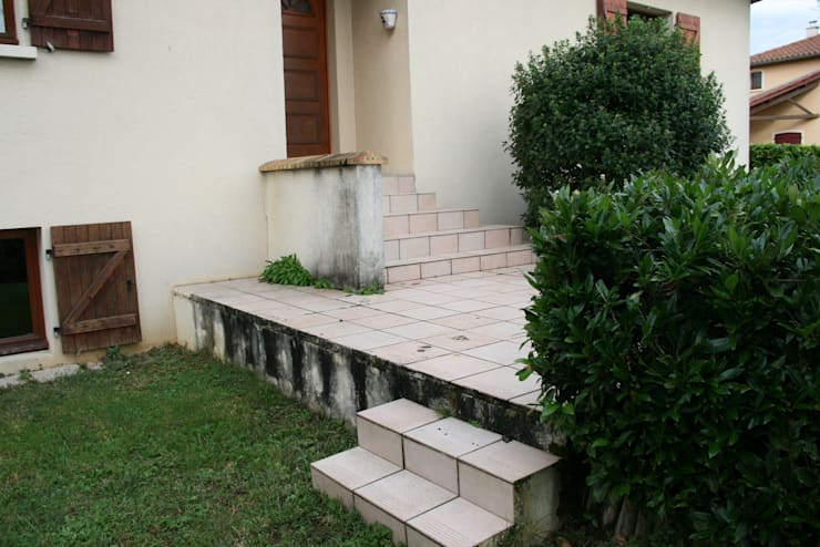 AVANT côté jardin:  de style  par ART PAYSAGE