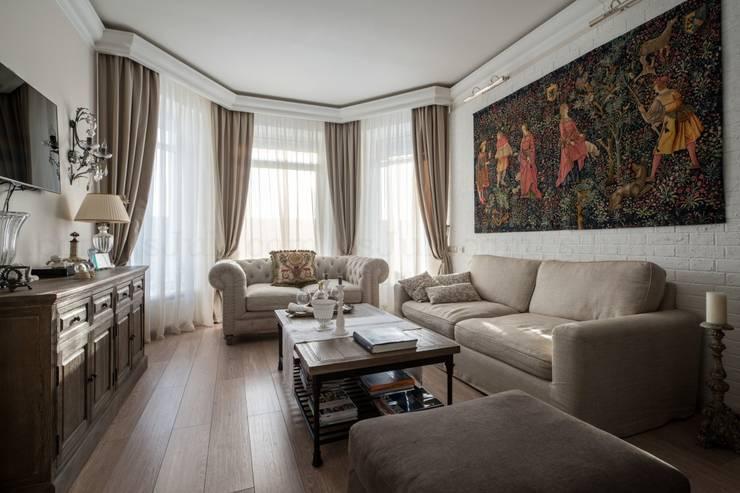 Мягкость красок (300 м²): Гостиная в . Автор – Частный дизайнер Соловьева Юлия